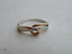 KK273 - Gyémánt gyűrű 9 karátos vörös és fehér arany