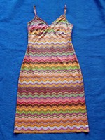Csinos retro mintázatú női ruha  36-38 /S-M
