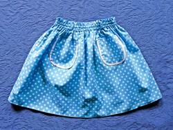 Kis pöttyös - pettyes szoknya, kb. 2-4 éves kislány
