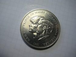 Angol font   Wales hercege és Diána  925 / ezüst   1981  . 29 gr   . átm. 38  mmm