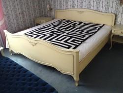 Chippendél barok Sligman ágy komplett és 2 éjjeliszekrénnyel