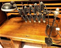 Bauhaus 20-30-as évek Távírász olló lámpa. RENDKÍVÜL RITKA DARAB !!!! retró loft design. Működik!