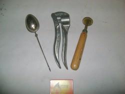 Retro konyhai eszközök - teás, derelyevágó, fokhagymatörő