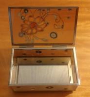 Üveghatású, tükrös aljú, kézzel festett dobozka