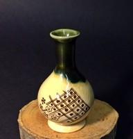Japán virágos miniatűr porcelán váza