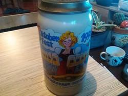 Német kerámia Október fest 1li fedeles sörös korsó.