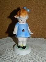 Bodrogkeresztúri kék ruhás katicás lány.