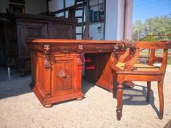 Antik, reneszánsz stílusú,dúsan faragott dupla(iker)íróasztal,hozzávaló karosszékkel!