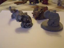 4db pici egyéb anyagú elefántka együtt