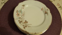 5 db hibátlan desszertes tányér, sosem használtak, nagyon szépek