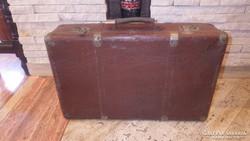 Koffer bőrönd