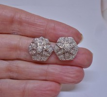Szépséges régi  aranyfülbevaló 1.04ct gyémánttal