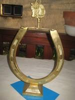 Bronz patkó , asztaldísz  23 x28 cm  , szép állapot