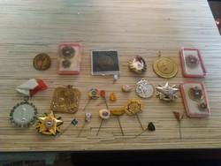 Jelvények kitüntetések