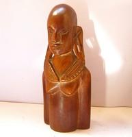 Kenyai Maszáj nő.Régi,faragott fa szobor.