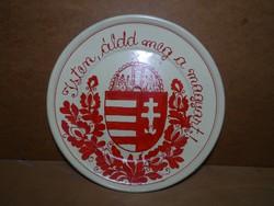 Magyar cimeres tányér