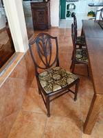 Antik, mutatós székek