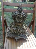 Antik Barokk stílusú réz kandalló óra.