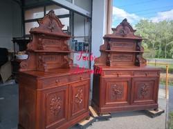 Gyönyörű antik, faragott, vadászjelenetes tálalószekrények!