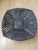 Fekete díszes asztalközép