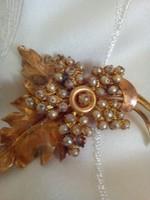 Csodálatosantik aranyozott bross apró gyöngyökkel