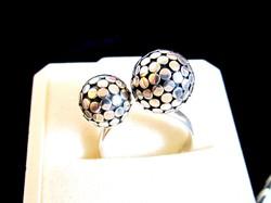 Ezüst különleges két gömbös  gyűrű 8-as