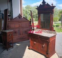 Gyönyörű antik,dúsan faragott, reneszánsz stílusú hálószoba garnitúra!