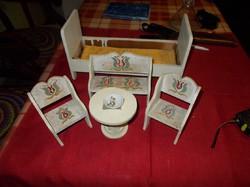 Antik népi festett baba bútor