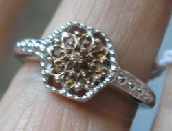 925 ezüst gyűrű, 18/56,5 mm, vörös gyémántokkal