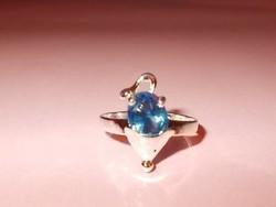 Farkincás Kis EGÉR Kék CZ köves ezüst - fehérarany gyűrű 5-ös