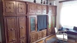 Koloniál tömör fa, ólomüveges szobabútor