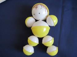 Retro baba csörgő babacsörgő baba játék sárga-fehér emberke figura