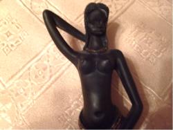 Afrikai fél akt lány  szobor talapzaton 20 cm