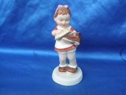 Porcelán Royal Doux cipőpucoló kislány