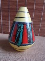 Bodo Mans tervezte váza Bay Keramik