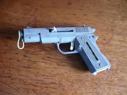 Retro felhúzós ritka játék pisztoly