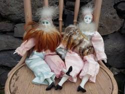 Rózsaszínben pompázó tollas olasz divatbabák eladók