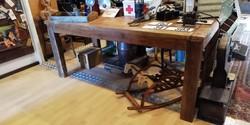 Régi ipari jellegű étkező asztal, loft vintage, dekor
