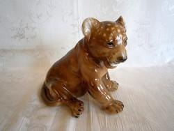 Gyönyörű, jelzett nagy porcelán oroszlán kölyök Lippelsdorfi