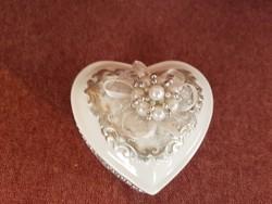 Szív alakú kerámia