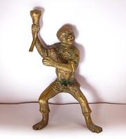 Érdekes ázsiai réz majom szobor.