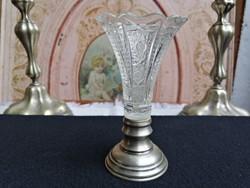 Kisméretű kristály váza ezüst talpon 2.