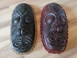 2 db faragott afrikai maszk