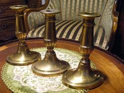 Három db szépséges, sárgaréz, ünnepi gyertyatartó kissé patinás felülettel