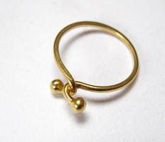 18 karátos arany sport gyűrű.
