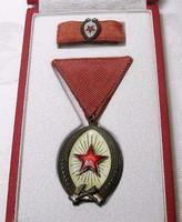 Munka érdemrend szocialista kitüntetés