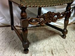Antik,faragott kárpitos szék