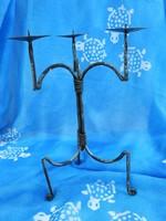 Háromágú vas asztali gyertyatartó - három ágú gyertyatartó