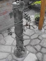 Extra Ritka kovácsoltvas szőlő mintás vas kerti kút réz csappal