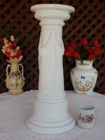Posztamens , kaspó, váza, vagy szobor talapzat